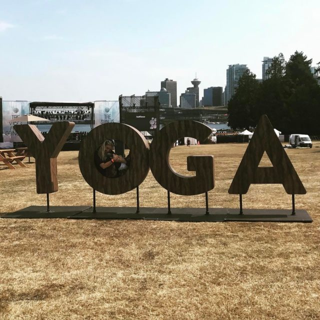 At the Sunset Festival seawheeze2017 yogaeverydamnday Continue reading rarr