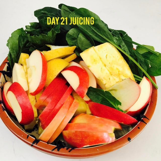 Day 2121 Cleanse amp Detoxifying LAST DAY!! Feeling lighter andhellip