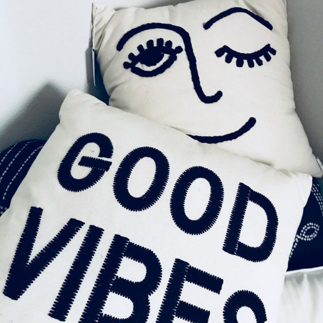Happy Sunday! Good Vibes Only A little bit of Sunshinehellip